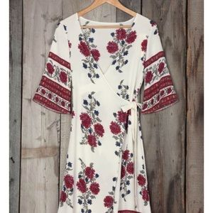 Dresses & Skirts - Never worn beautiful Cupshe wrap dress/coverup